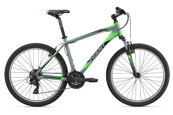 CLOSEOUT  2018  Giant Revel 2