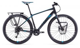 2017    Giant ToughRoad SLR 1